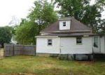 Foreclosed Home en SALINE AVE, Eldorado, IL - 62930