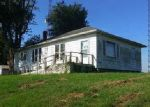Foreclosed Home en HIGHWAY 13 W, Carrier Mills, IL - 62917