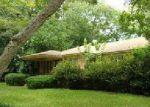 Foreclosed Home en KENWOOD DR, Waycross, GA - 31501