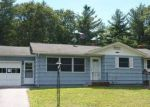 Foreclosed Home en DAVIS ST, Danielson, CT - 06239