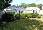 Foreclosed Home en AMUNDSEN ST, Norwalk, CT - 06855