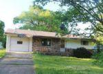 Foreclosed Home en MCDONALD MEADOWS PKWY, Bull Shoals, AR - 72619