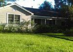 Foreclosed Home en W YOUNG ST, Dayton, TX - 77535