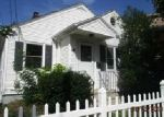 Foreclosed Home en WEALTH AVE, Providence, RI - 02908