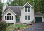 Foreclosed Home en PASQUIN DR, East Stroudsburg, PA - 18301
