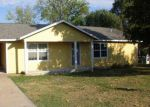 Foreclosed Home en CLAYTON DR, Tahlequah, OK - 74464