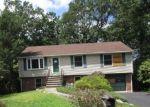 Foreclosed Home en LENAPE RD, Ringwood, NJ - 07456