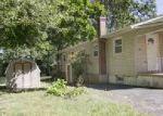 Foreclosed Home en FAYETTE AVE, Wayne, NJ - 07470