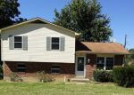 Foreclosed Home en CAROLYN ST, Radcliff, KY - 40160