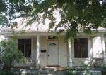 Foreclosed Home en N 10TH ST, Salina, KS - 67401