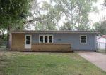 Foreclosed Home en STEWART AVE, Haysville, KS - 67060