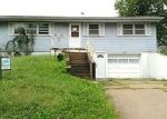 Foreclosed Home en S 14TH ST, Leavenworth, KS - 66048