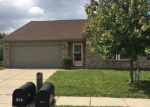 Foreclosed Home en SHENANDOAH WAY, Greenwood, IN - 46143