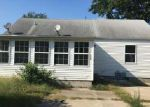 Foreclosed Home en W ALLMON ST, Salem, IL - 62881