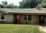 Foreclosed Home en ROCKY VALLEY RD, Waldron, AR - 72958