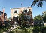 Foreclosed Home en W 100TH ST, Chicago, IL - 60628