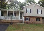 Foreclosed Home en CANTON LN, Stuarts Draft, VA - 24477