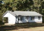 Foreclosed Home en RAMER SELMER RD, Selmer, TN - 38375