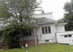 Foreclosed Home en E JOHNSON AVE, Bergenfield, NJ - 07621
