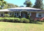 Foreclosed Home en SEVEN OAKS RD, Orange, NJ - 07050