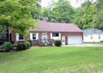 Foreclosed Home en NORCREST DR, Southfield, MI - 48033