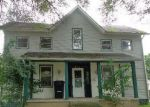 Foreclosed Home en CHARLES ST, Huntington, IN - 46750