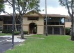 Foreclosed Home en NW 62ND AVE, Hialeah, FL - 33015
