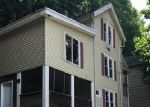 Foreclosed Home en HILL STREET EXT, Naugatuck, CT - 06770
