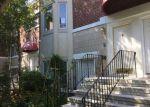 Foreclosed Home en SAINT MICHAELS WALK, Union City, NJ - 07087
