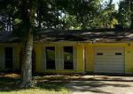 Foreclosed Home en W A HOLDER RD, Livingston, TX - 77351