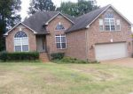 Foreclosed Home en BANNING CIR, Antioch, TN - 37013
