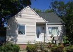 Foreclosed Home en TRACY AVE, Euclid, OH - 44123