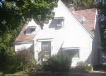 Foreclosed Home en E 106TH ST, Cleveland, OH - 44105