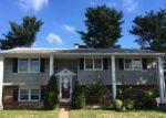 Foreclosed Home en ASHFORD DR, Trenton, NJ - 08610