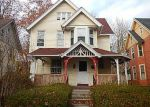 Foreclosed Home en GIRARD AVE, Hartford, CT - 06105