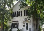 Foreclosed Home en S GUNNISON ST, Burlington, IA - 52601