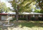 Foreclosed Home en MADELLA ST, Haltom City, TX - 76117