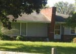 Foreclosed Home en GROVER DR, Youngstown, OH - 44512