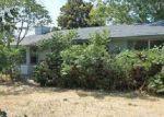 Foreclosed Home en MAHOGANY DR, Nampa, ID - 83687