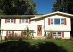 Foreclosed Home en LAKE SHORE DR, Monroe, NY - 10950