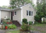 Foreclosed Home en JUNIPER AVE, Patchogue, NY - 11772