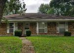 Foreclosed Home en DEEP FOREST DR, Houston, TX - 77088