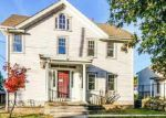 Foreclosed Home en PARK AVE, Westerly, RI - 02891