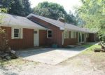 Foreclosed Home en TULIP AVE, Byrdstown, TN - 38549
