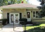Foreclosed Home en W 13TH ST, Muncie, IN - 47302