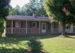 Foreclosed Home en TWIN MEADOW DR, Hudson, NC - 28638