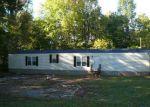 Foreclosed Home en EKOM BEACH RD, Laurens, SC - 29360