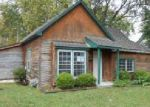 Foreclosed Home en S WHITMER ST, Richmond, MO - 64085