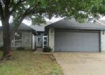 Foreclosed Home en SHERRY ST, Arlington, TX - 76018