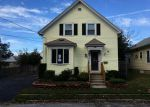 Foreclosed Home en GREENWOOD ST, Cranston, RI - 02910